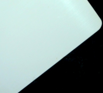 銀めっき板に付いた変色皮膜の除去後