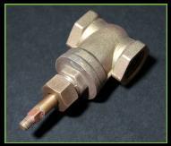 銅素材のバルブをエスクリーンS-800で酸化皮膜除去する前
